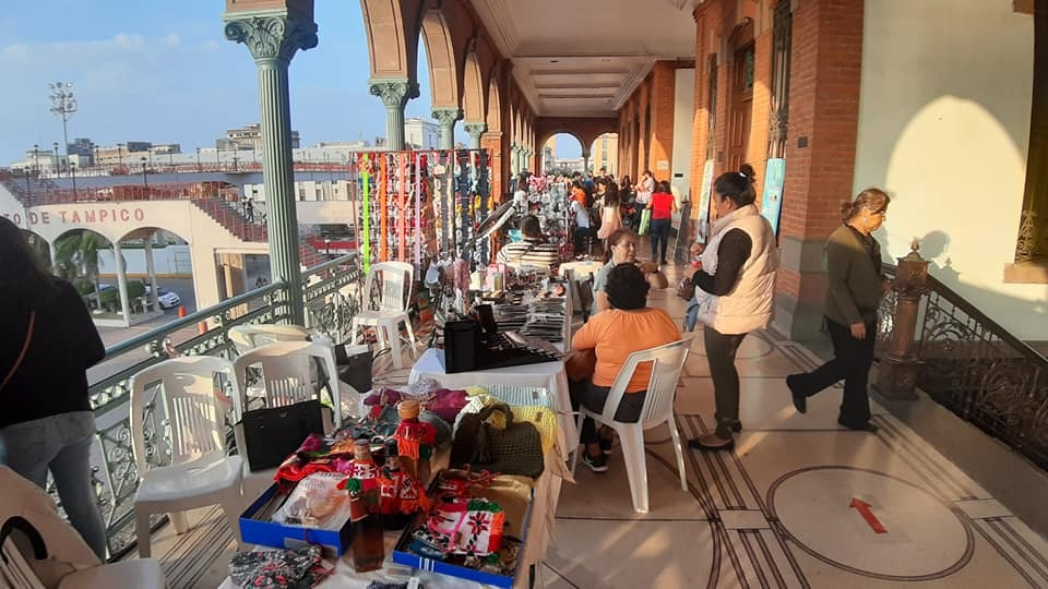 Impulsan productores locales vender con Expo Mercadito