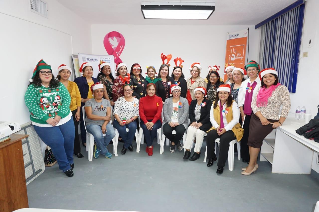Egresan en Reynosa Mujeres Emprendedoras del programa TIME