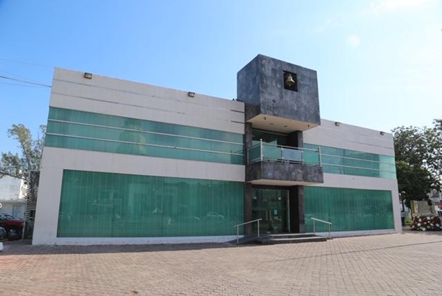 Ultimátum para empleados municipales en Madero