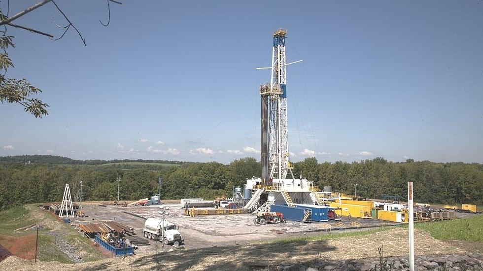 CNH sugiere a Pemex continuar con fracking en área terrestre