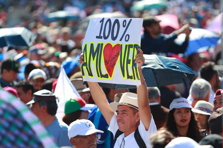 Comienza marcha de respaldo a AMLO