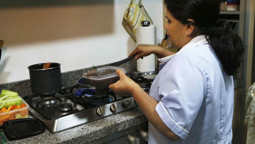 ONU y OIT aplauden a México por convenio sobre derechos de empleadas domésticas