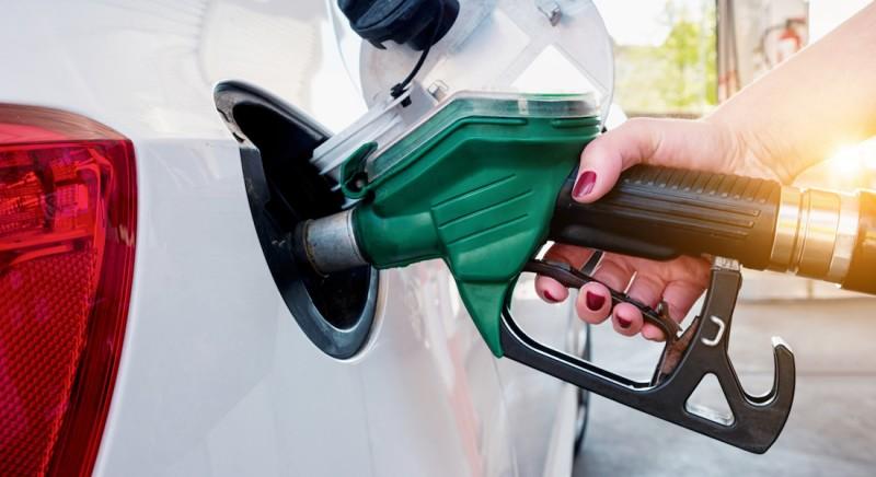 Profeco asegura que no habrá aumento a la gasolina en 2020