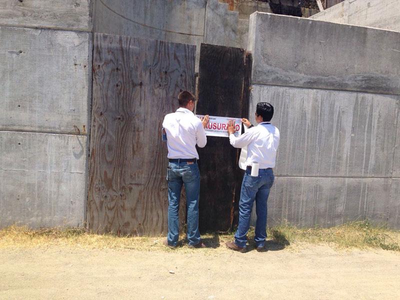 Clausura Profepa proyecto de condominios en Manzanillo