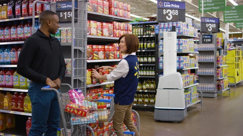 Walmart reemplaza a humanos con robots